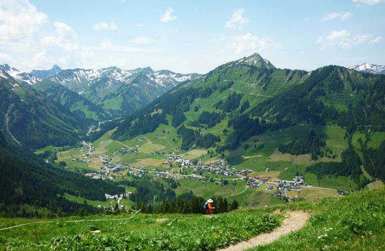 Kleinwalsertal: Mittelberg im Sommer