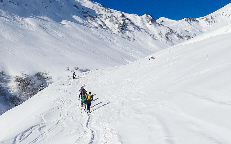 Skitourengeher im Kleinwalsertal
